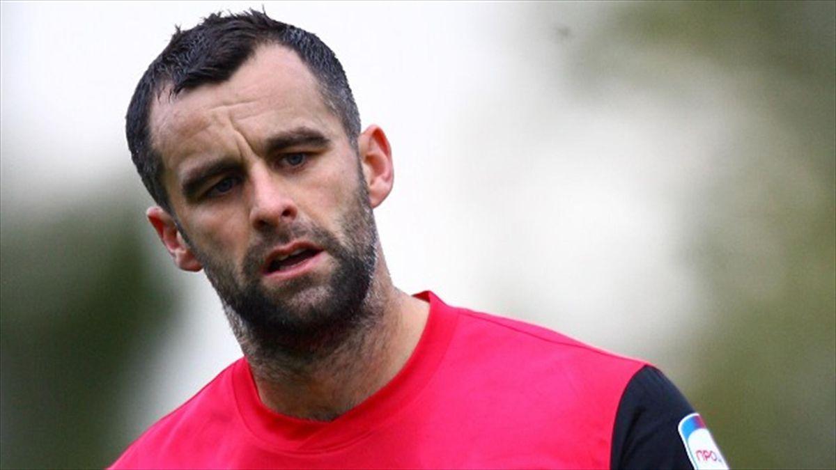 Defender Chris Barker is leaving Southend