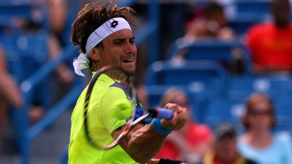 David Ferrer of Spain returns a shot to Ryan Harrison during the Western & Southern Open in Cincinnati (AFP)