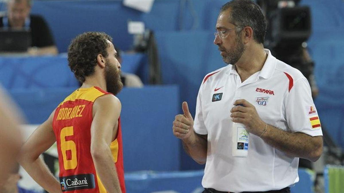 Sergio Rodríguez y Orenga, durante un partido del Eurobasket