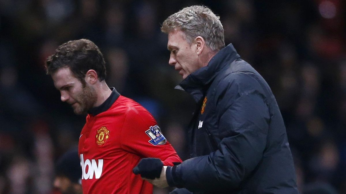 Juan Mata and David Moyes (Reuters)