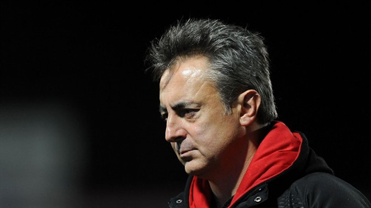 Gloucester director of rugby Nigel Davies cut a frustrated figure after his side were knocked out of the Amlin Challenge Cup