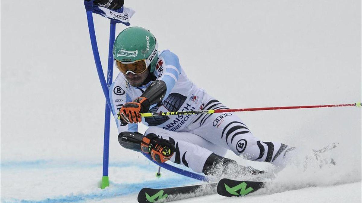 Felix Neureuther sichert sich den zweiten Platz