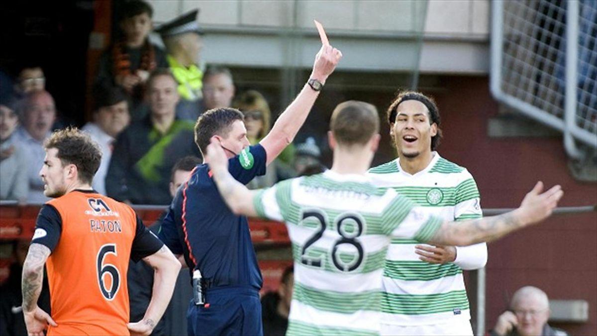 Virgil van Dijk putea ajunge de la Celtic direct la City