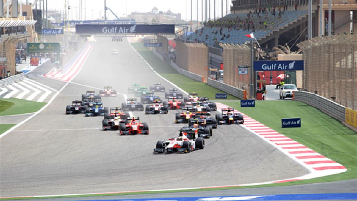 GP2 racers in action