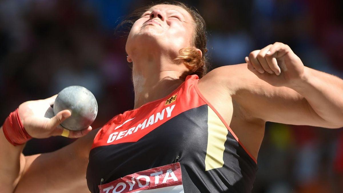 Christina Schwanitz holt die erste deutsche Goldmedaille