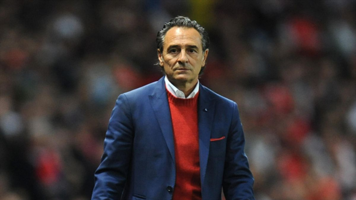 Cesare Prandelli left Valencia last month