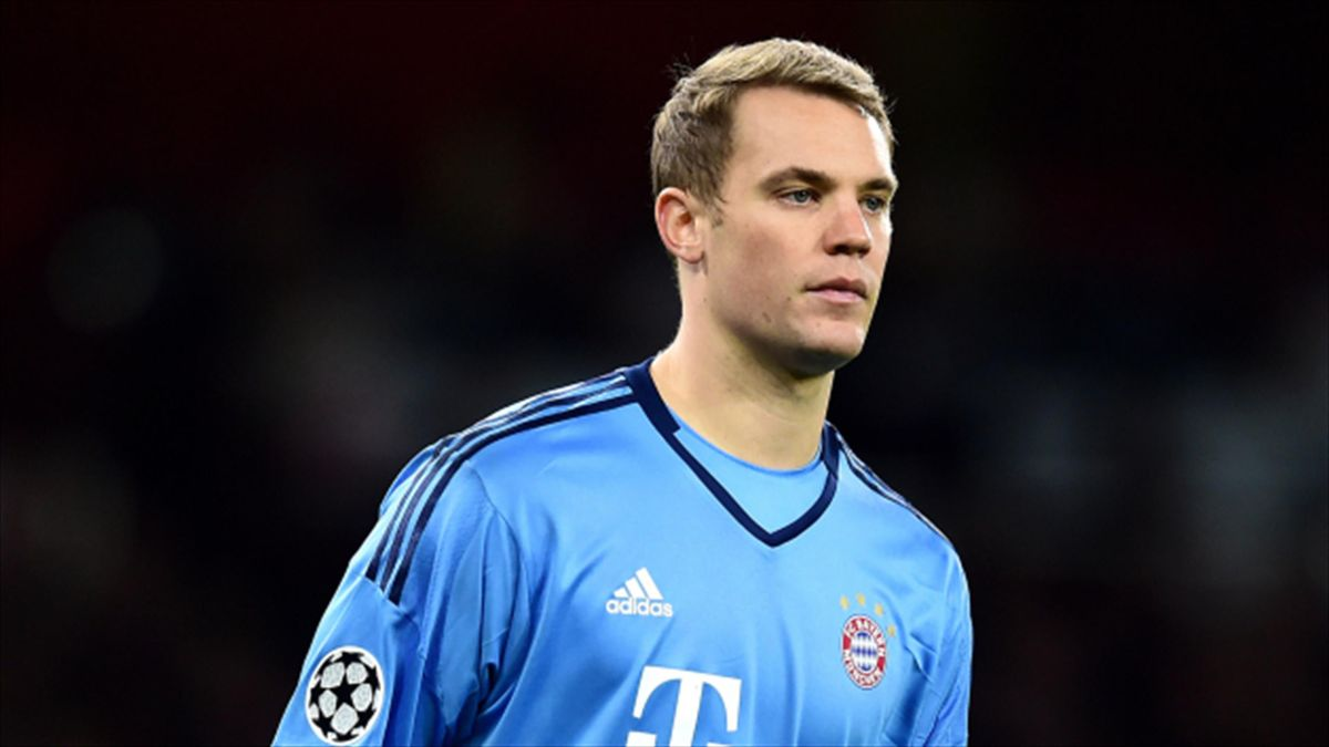 Manuel Neuer has picked up a minor injury to his left foot