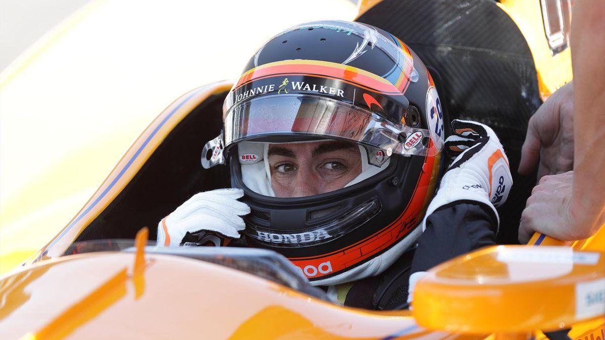 Fernando Alonso, en su primer entrenamiento libre de cara a las 500 millas de Indianápolis