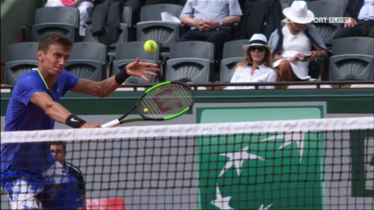 French Open men Andy Murray - Andrey Kuznetsov Spectacular point