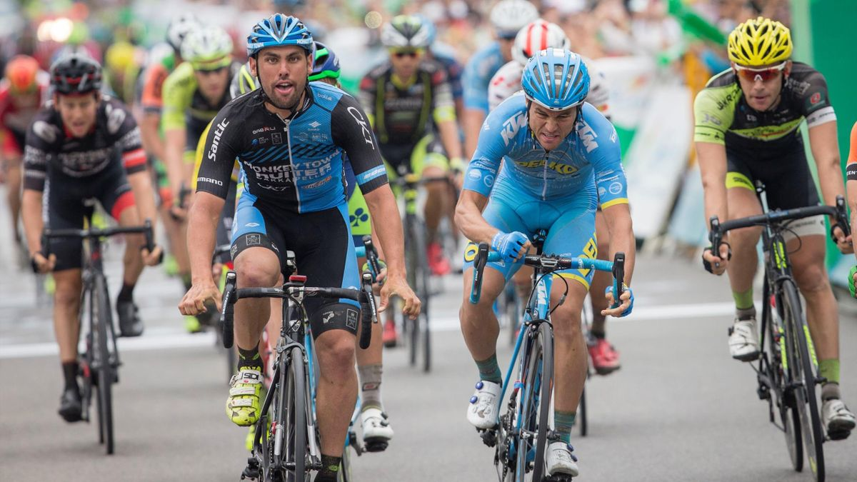 Marco Zanotti celebrates victory on stage eight of the Tour of Hainan. (picture via Tour of Hainan)