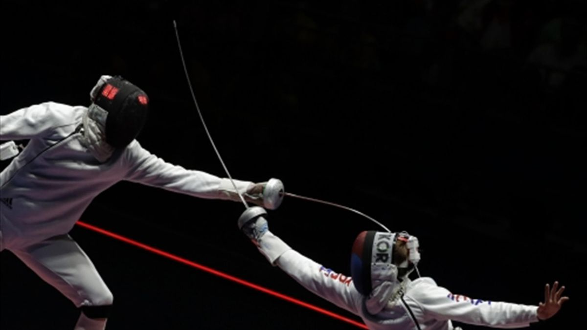 USA's Dershwitz and Korea's Hong take gold at latest FIE World Cup events