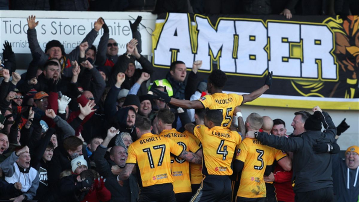 Newport County came from behind to beat Leeds United 2-1 in the FA Cup third round