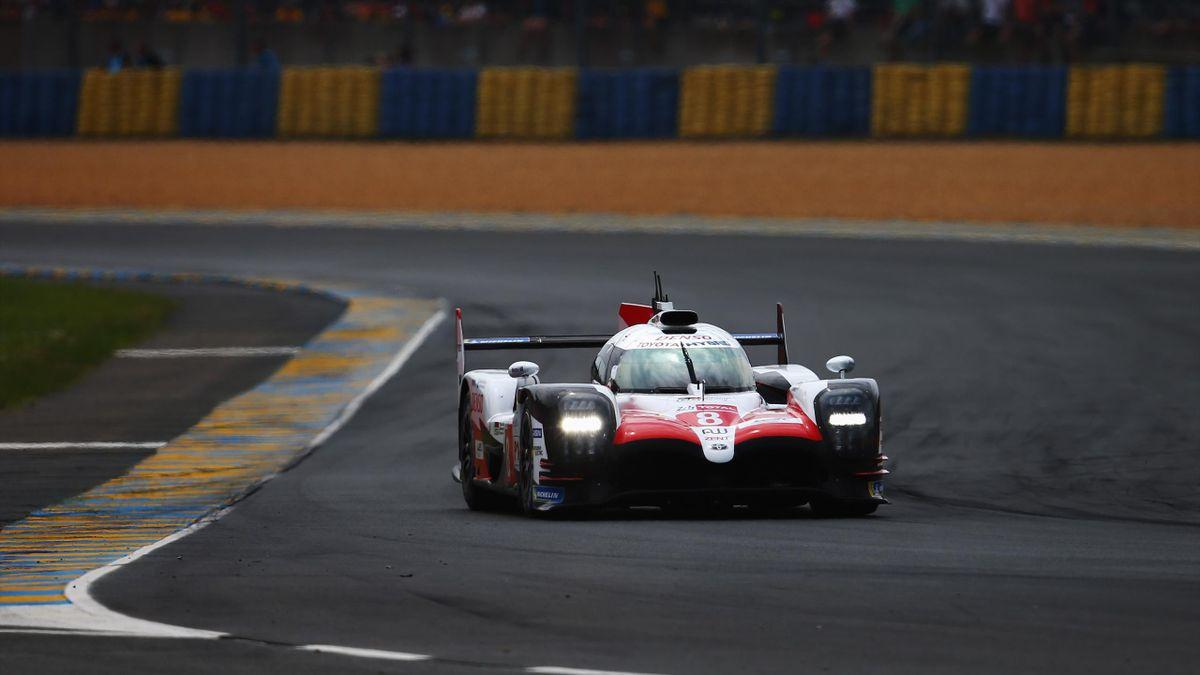 El Toyota 8 de Fernando Alonso en Le Mans