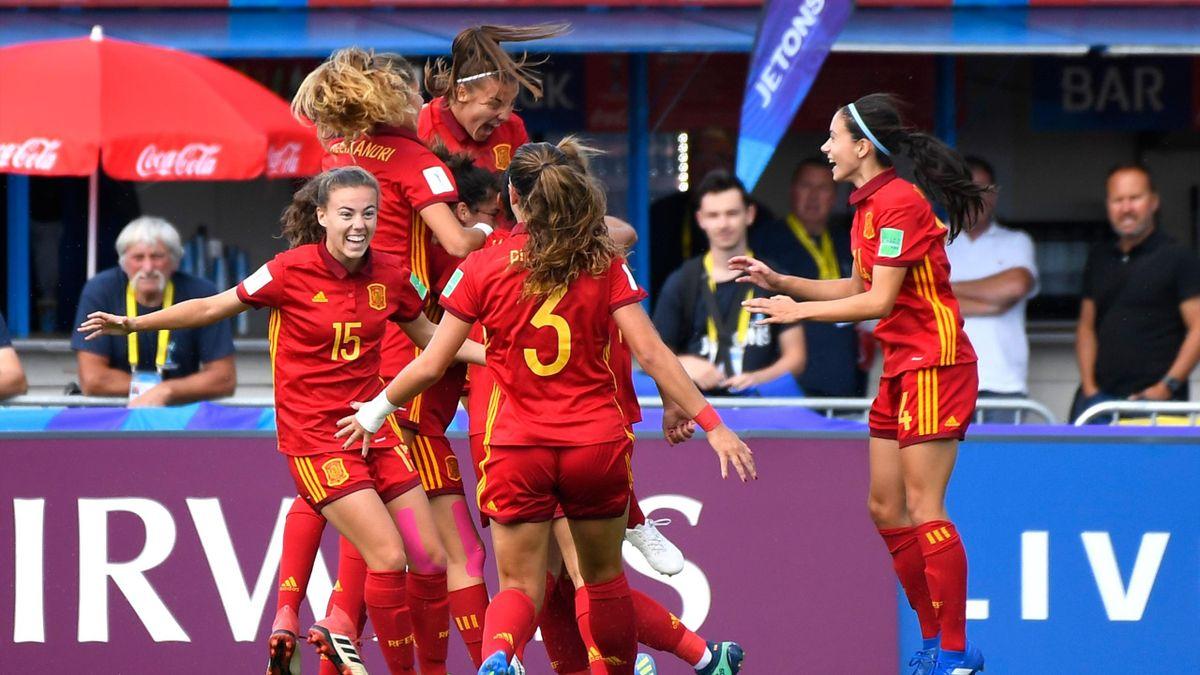 España gana a Japón con gol de Carmen Menayo