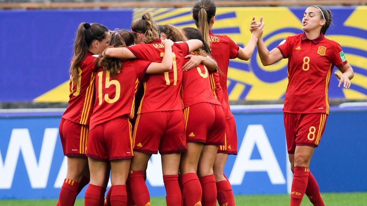 España celebra uno de los goles ante Nigeria en el Mundial sub-20 femenino