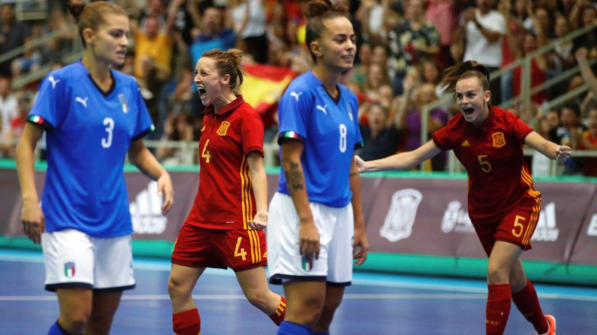 España celebra su clasificación al Europeo de fútbol sala femenino