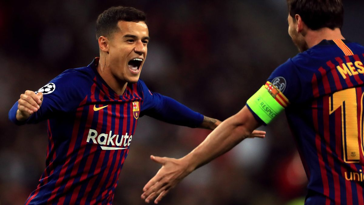 Philippe Coutinho celebrates Barcelona's opener