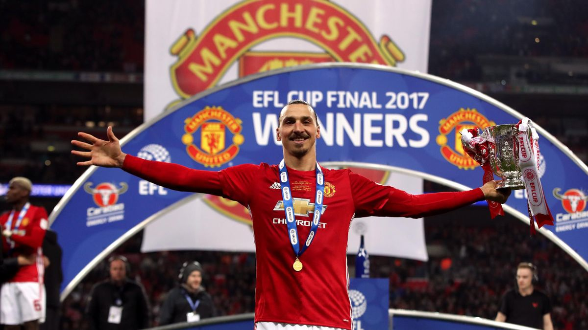 Manchester United's Zlatan Ibrahimovic with the EFL Cup trophy. (PA)