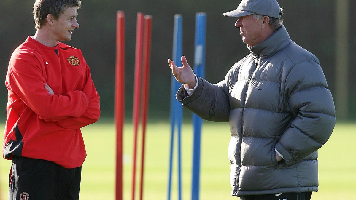 Ole Gunner Solskjaer, left, is appreciative of Sir Alex Ferguson's guidance