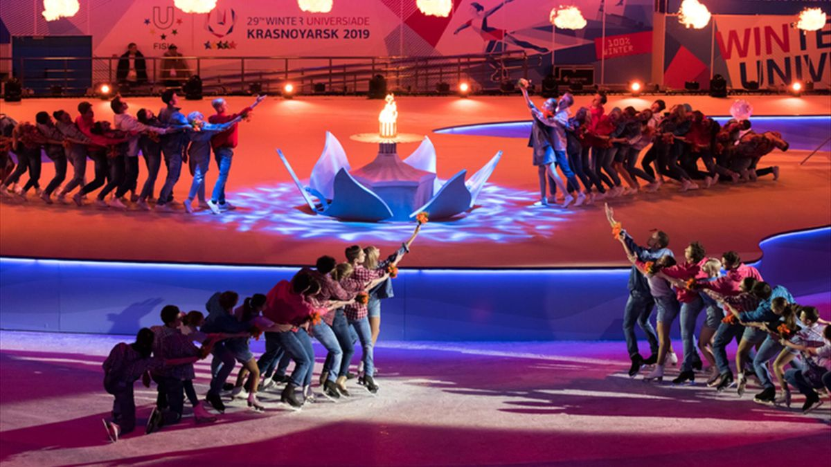 Spectacular closing ceremony and fond farewells signals end to successful FISU Winter Universiade in Krasnoyarsk