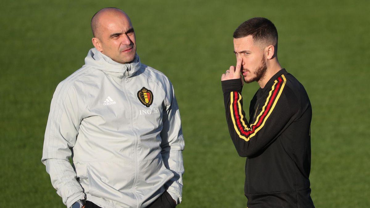 Eden Hazard y Roberto Martínez