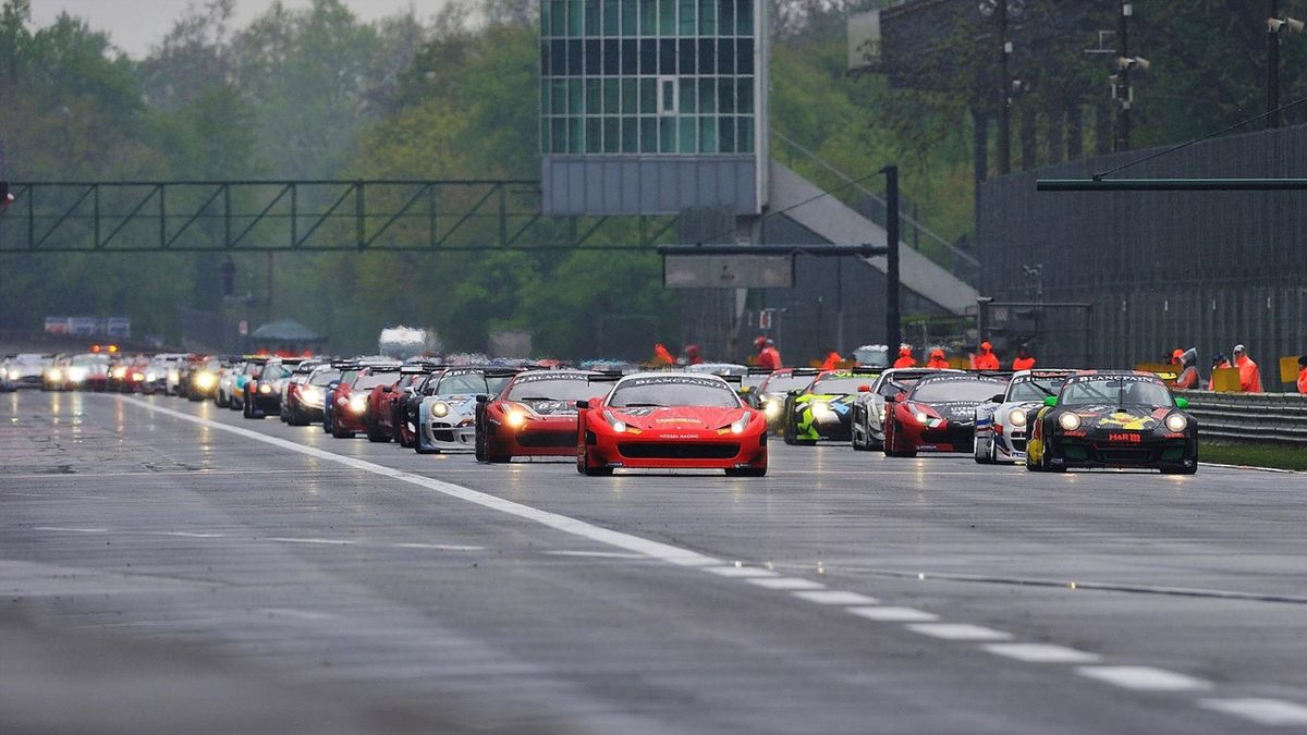 Packed grid of 49 cars set to launch 2019 Blancpain GT Series Endurance Cup at Monza