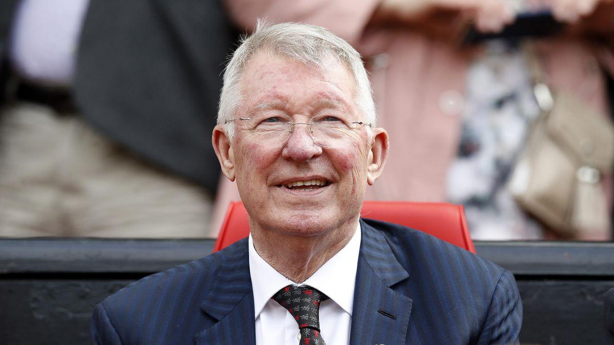 Sir Alex Ferguson a primit un cadou special: stadionul Old Trafford, construit din piese Lego