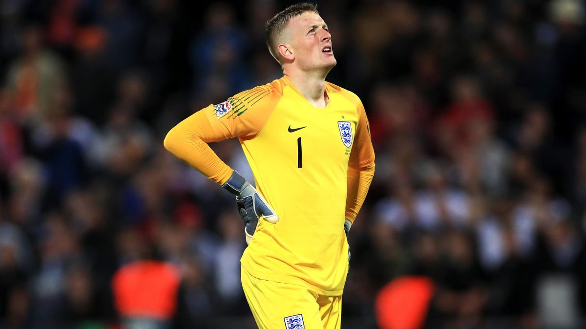 Jordan Pickford could do little to prevent Holland scoring twice after England made mistakes