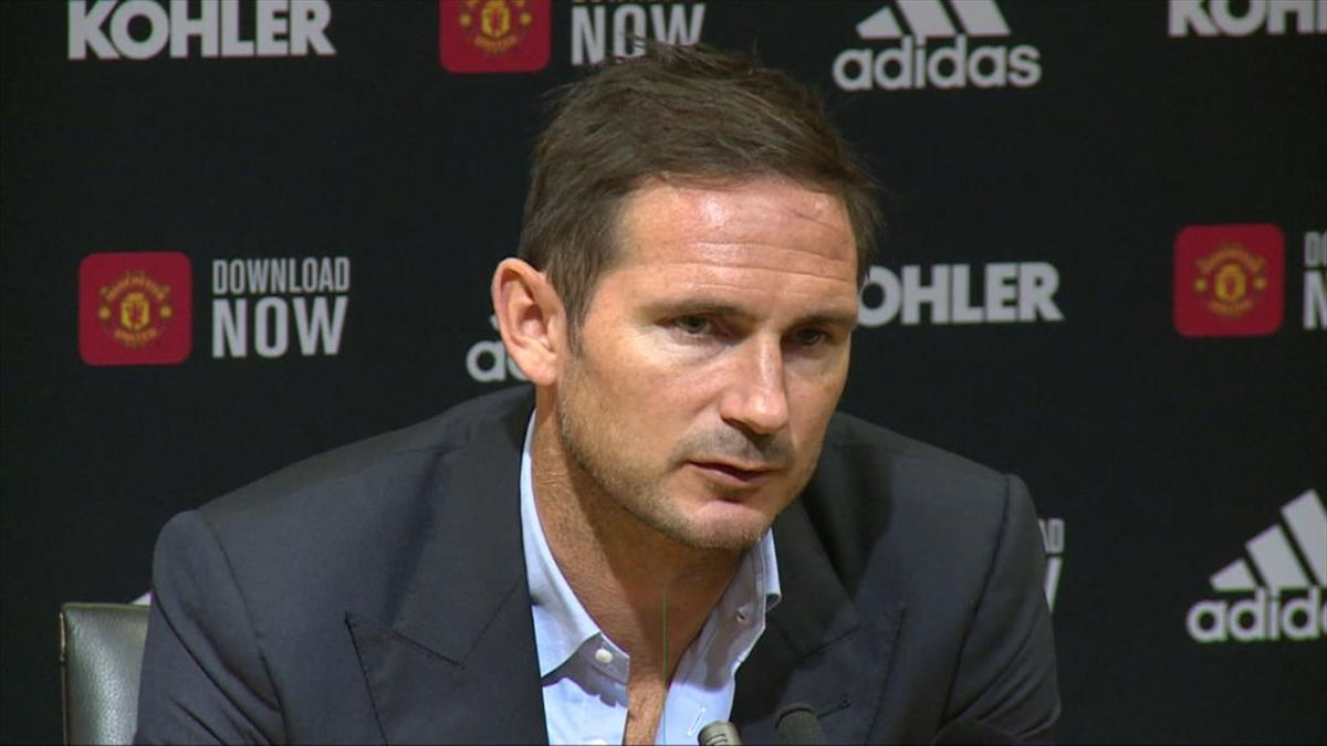 Frank Lampard este la al doilea sezon ca antrenor după ce sezonul trecut a pregătit-o pe Derby County