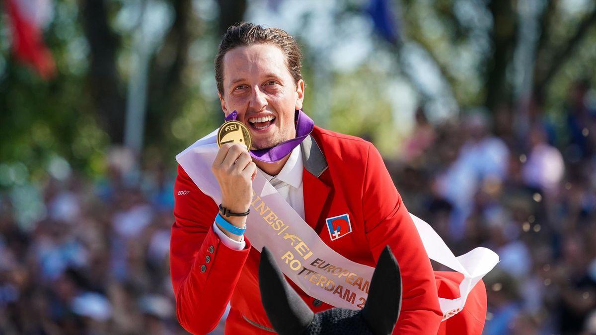 Martin Fuchs ist Europameister der Springreiter