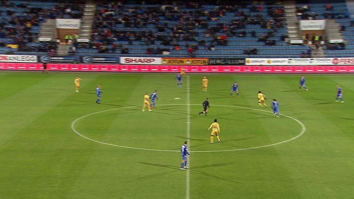 Sandefjord Fotball vs. Jerv - Yellow card