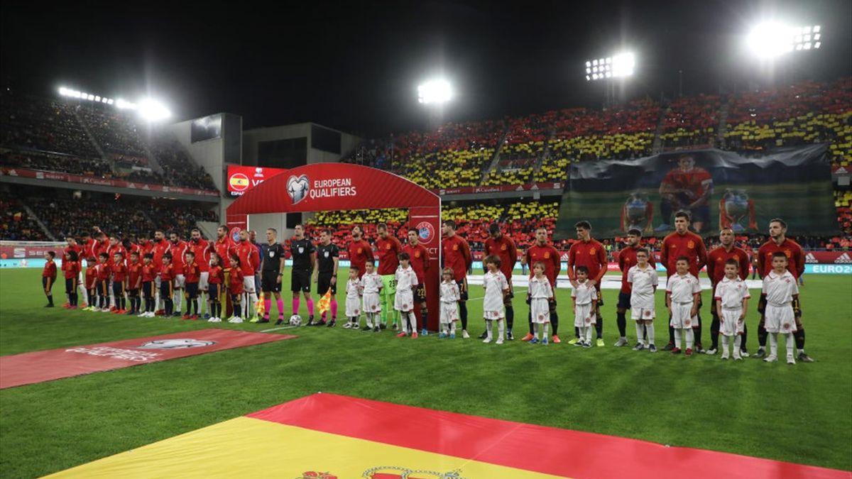 Homenaje a Sergio Ramos en el España-Malta
