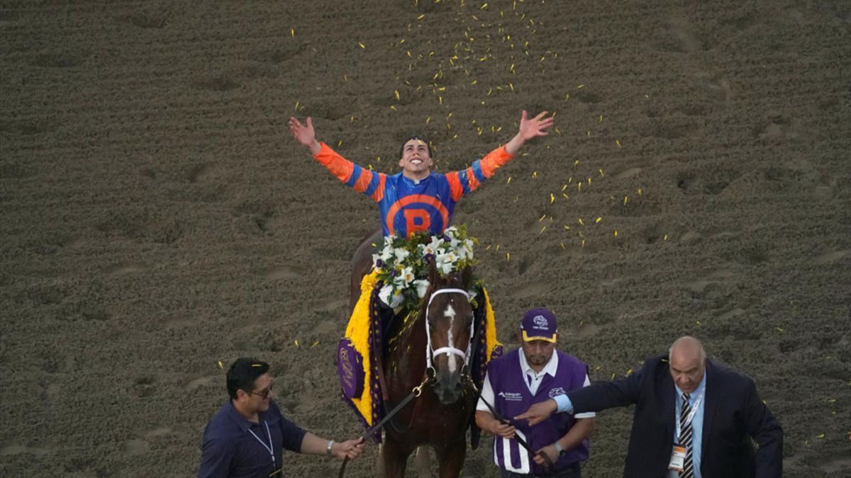 Vino Rosso stürmt in Santa Anita zum Sieg