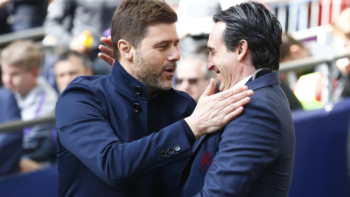 Tottenham Hotspur manager Mauricio Pochettino and Unai Emery manager of Arsenal during during English Premier League between Tottenham Hotspur and Arsenal