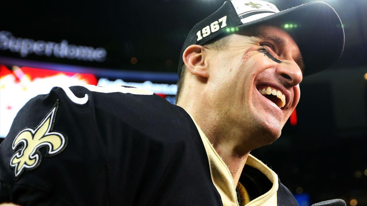 Brees breaks Colts, NFL records