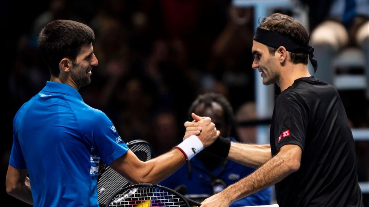 Roger Federer et Novak Djokovic lors du Masters de Londres le 14 novembre 2019