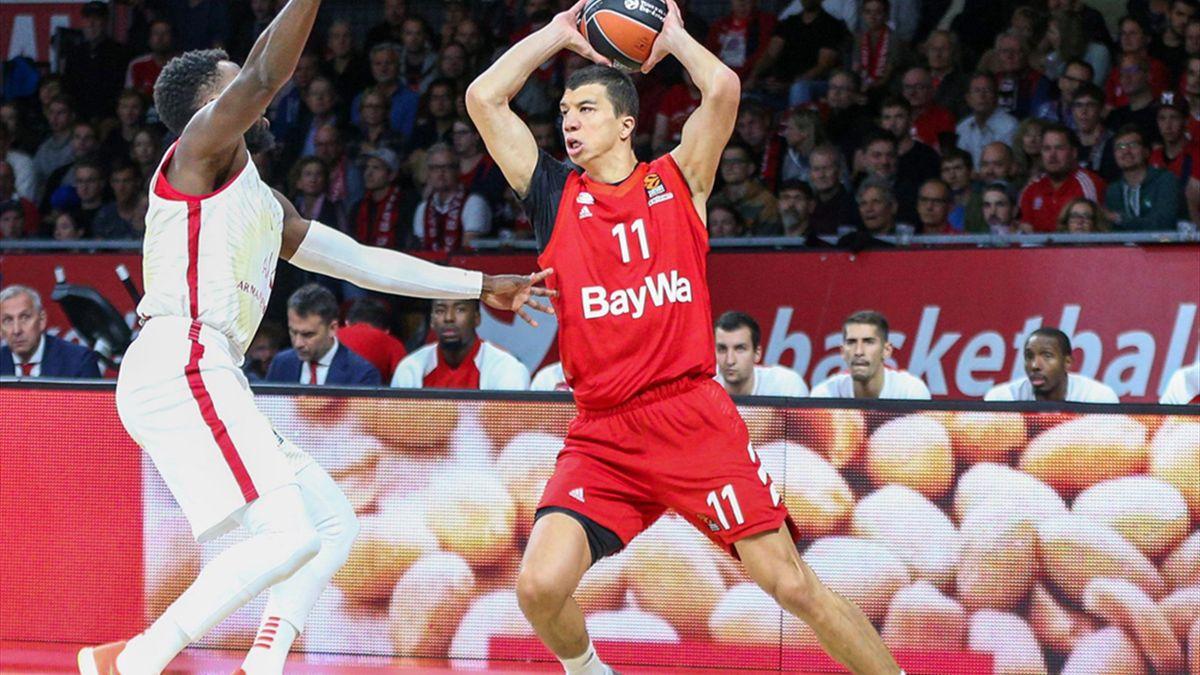 Lucic erzielte 15 Punkte gegen Olympiakos Piräus