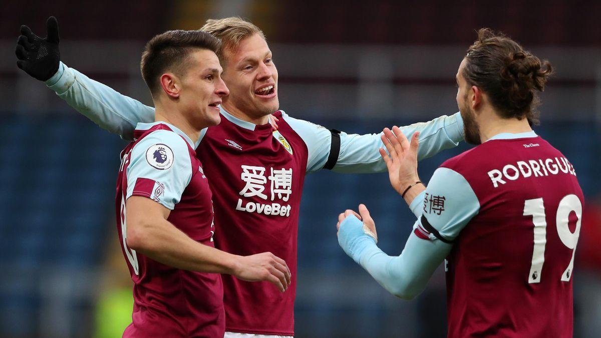 Burnley celebrate Matej Vydra