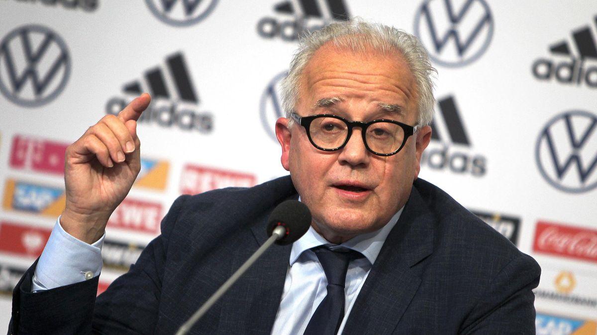 DFB-Präsident verurteilt Schmähplakate gegen Hopp