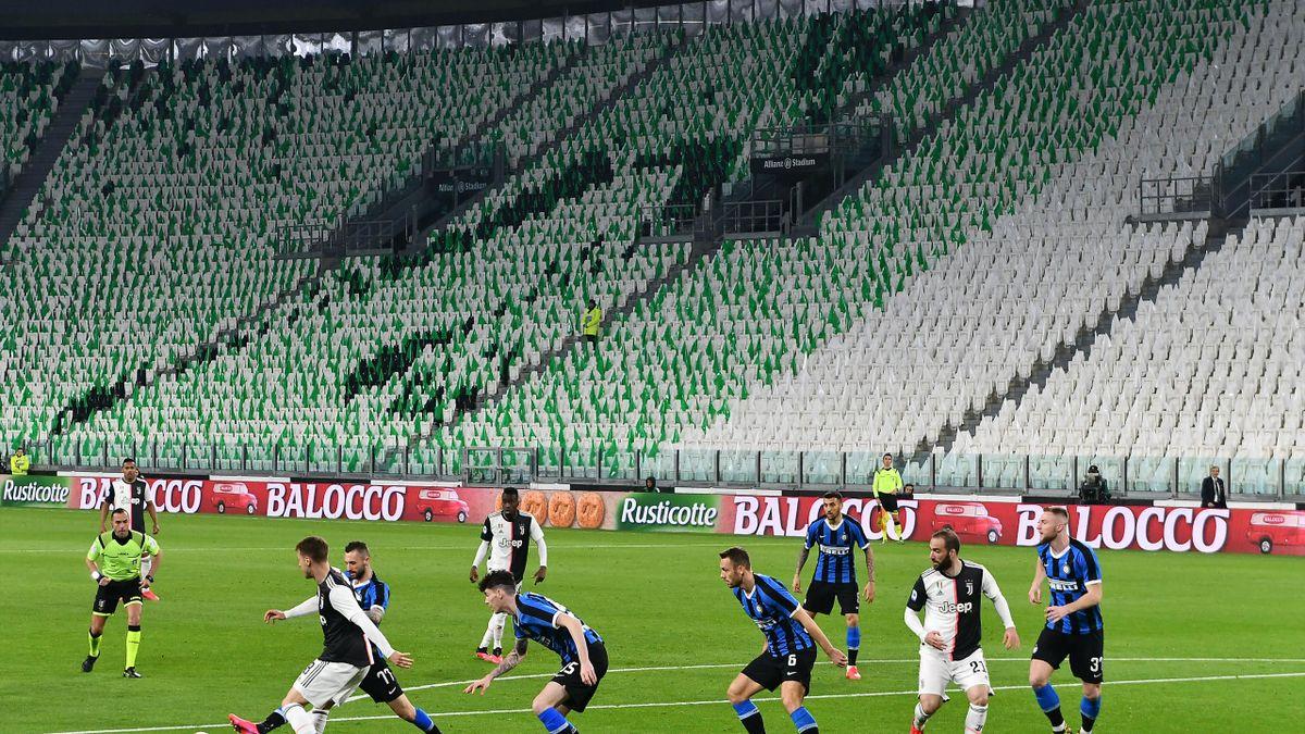 Die laufende Serie A-Saison soll zu Ende geführt werden