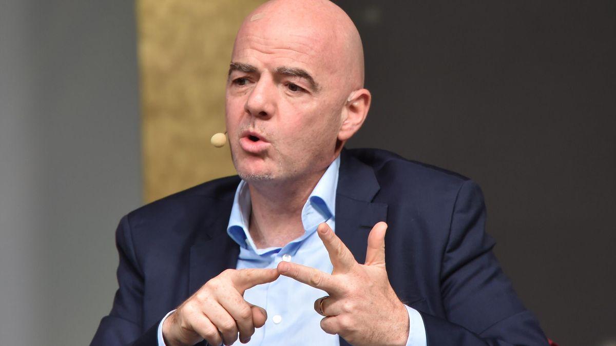 FIFA-Präsident Infantino stimmt EM-Verschiebung zu