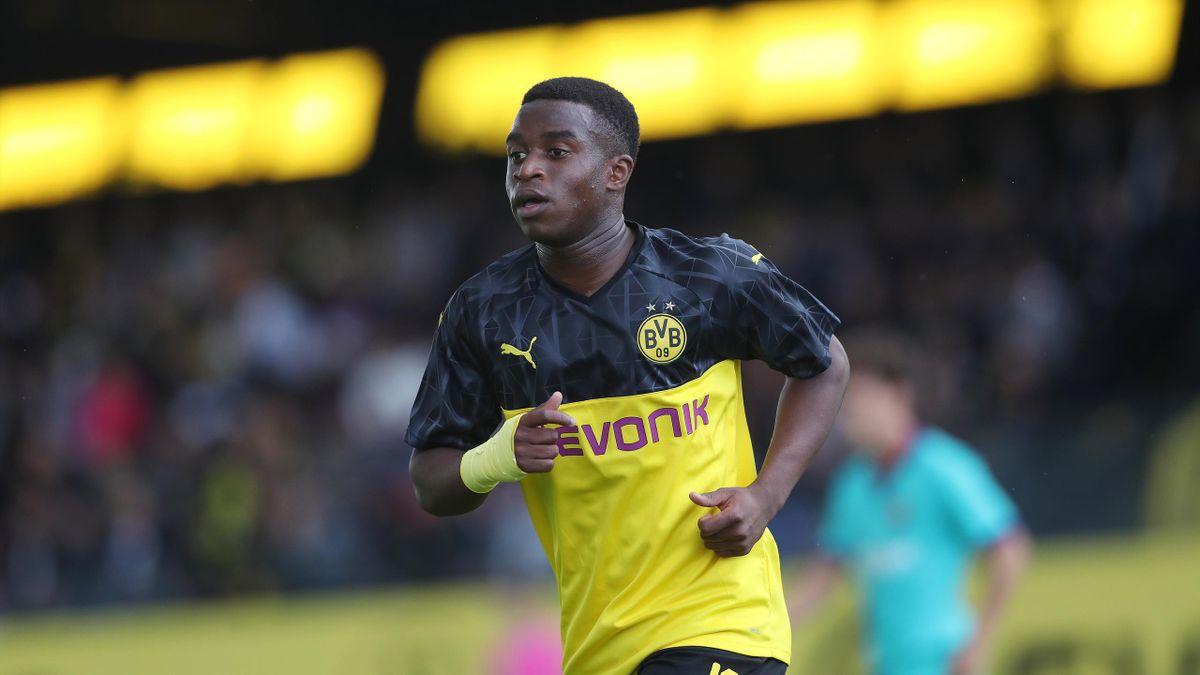 Ab November dürfte Youssoufa Moukoko Bundesliga spielen