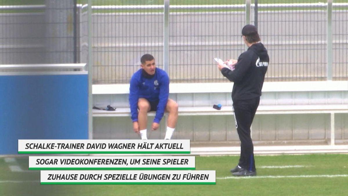 Schalke 04: Social Distancing beim Training