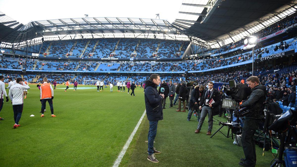 Perioada de transferuri în Premier League se poate prelungi până în octombrie