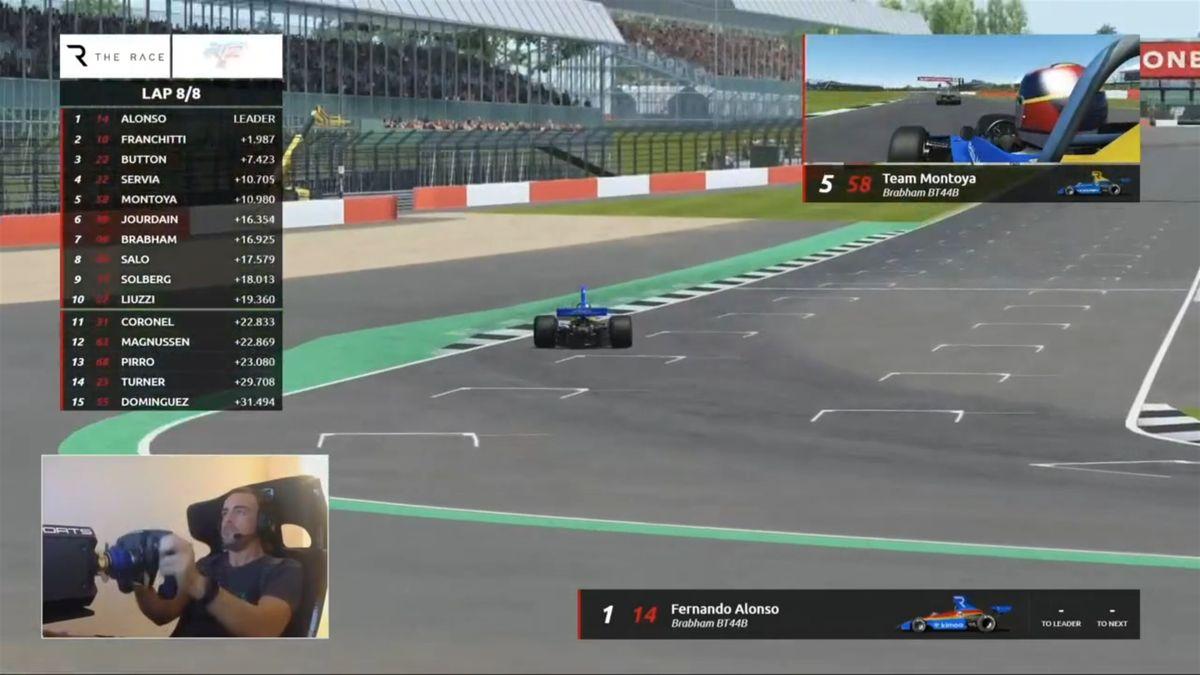 Alonso vuelve a ganar en The Race