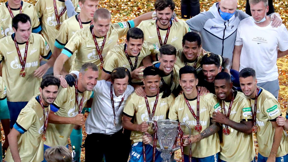 Zenit St Petersburg's players celebrate their victory in the 2019/2020 Russian Cup final football match against FC Khimki