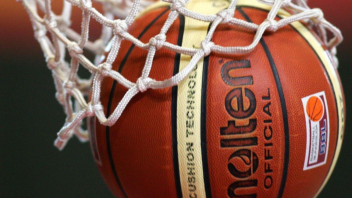 Leon Kratzer verstärkt die Telekom Baskets Bonn