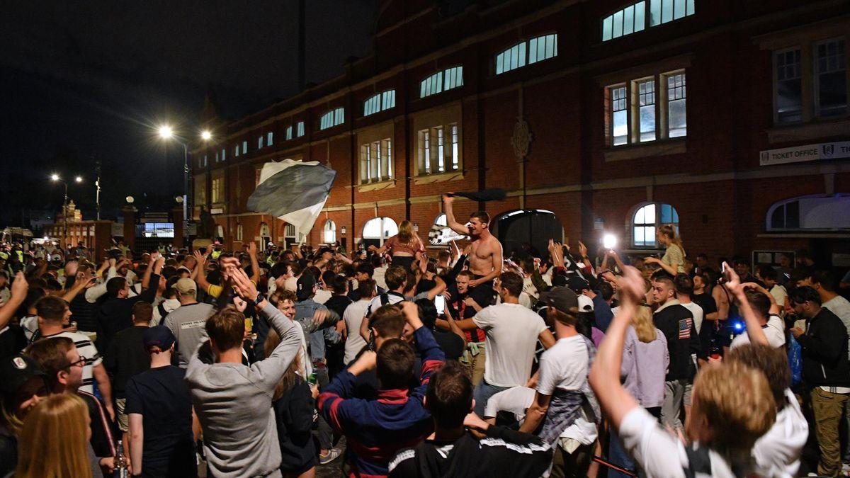 Tony Khan, patronul lui Fulham, le-a cerut iertare suporterilor pentru începutul slab de sezon