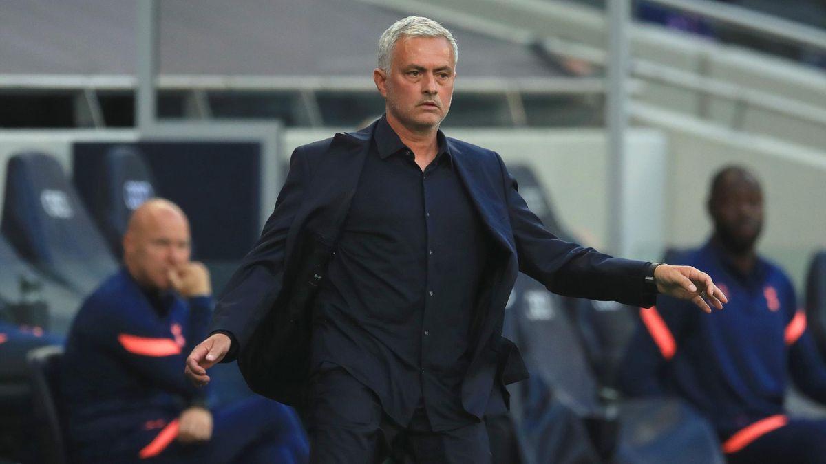 Jose Mourinho Bantah Dekati Striker Norwegia