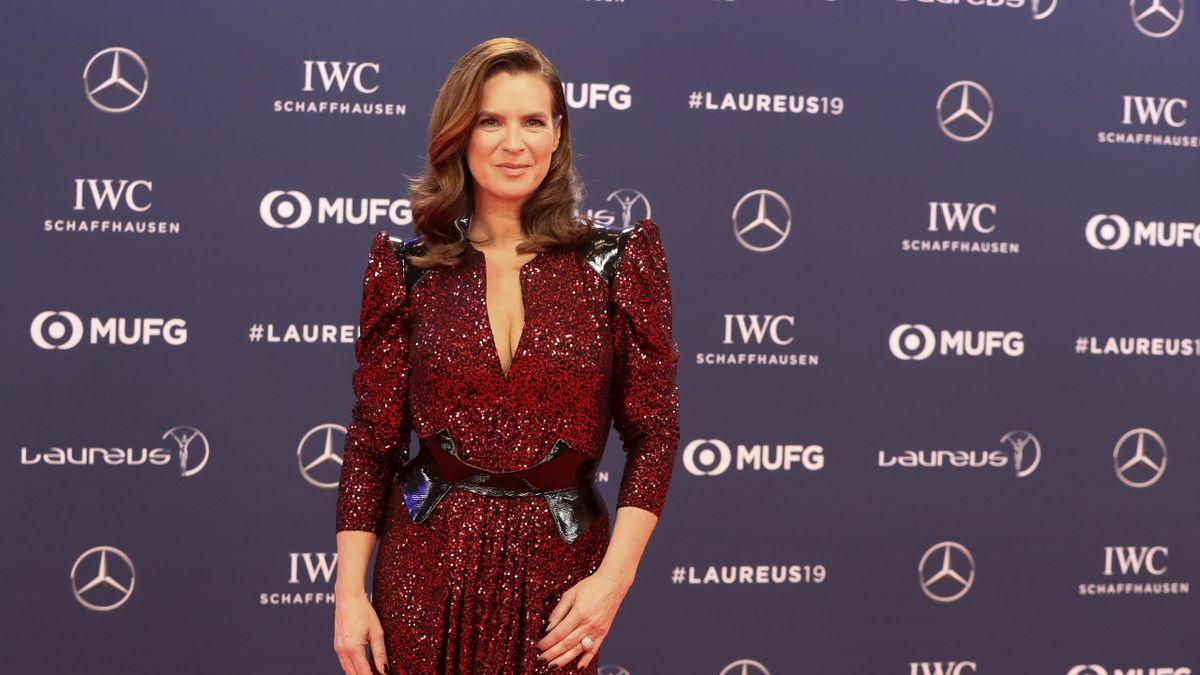 Immer noch mit DDR-Führerschein unterwegs: Katarina Witt